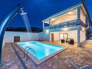 4 bedroom Villa in Rovanjska, Zadarska Županija, Croatia : ref 5718530