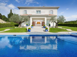 5 bedroom Villa with Pool, Air Con and WiFi - 5717475