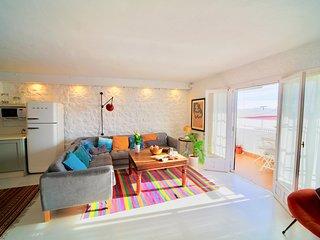 Duplex Casco Antiguo Salobreña con WiFi y A/C. Espacioso, Tranquilo, Carismático