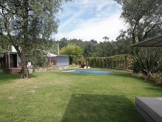 Calheiros Villa Sleeps 7 with Pool Air Con and WiFi - 5718914