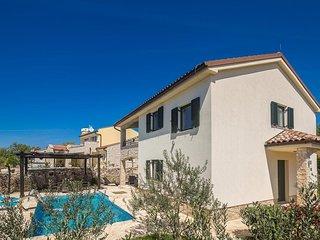 4 bedroom Villa in Brzac, Primorsko-Goranska Zupanija, Croatia - 5717973