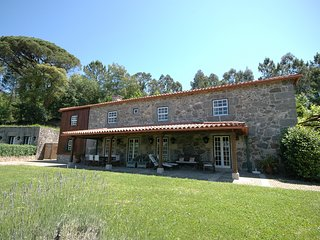 Ponte de Lima Villa Sleeps 14 with Pool and WiFi - 5718907