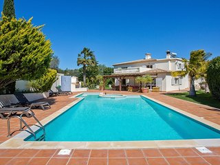 5 bedroom Villa with Pool, Air Con and WiFi - 5718978
