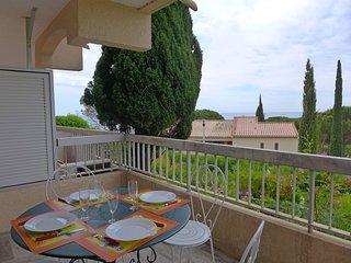 2 bedroom Apartment in La Nartelle, France - 5627299