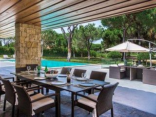 9 bedroom Villa in Benfarras, Faro, Portugal - 5718988