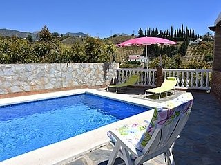 Nerja Villa Sleeps 4 with Pool and Air Con - 5717753