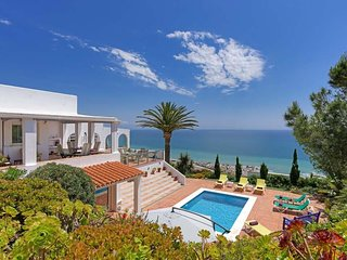 5 bedroom Villa in Torre Guadiaro, Andalusia, Spain : ref 5717989