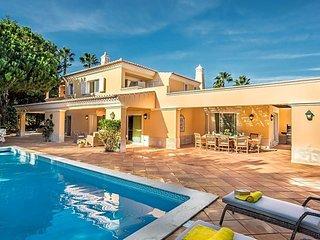 Quinta do Lago Villa Sleeps 10 with Pool and Air Con - 5718881