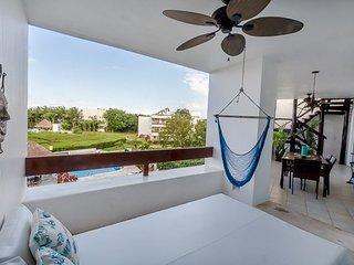 Casa Playa Bonita (7320)—Penthouse Condo with Rooftop Solarium