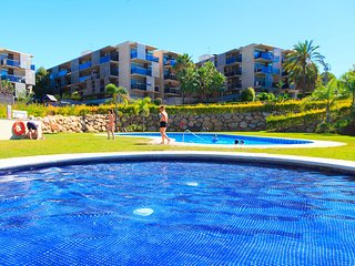 Luxury complex in a residential area of Salou next to Port Aventura