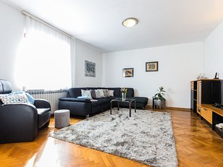 Katina  3BR apt. with private pool