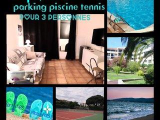 Le balcon des arenes, draps, serviettes, parking, piscine incluent