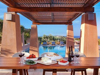 Villa AnnaNiko Chania - Amazing views - Heated pools - Hot tube (7 seat)