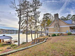 Spacious Home on Lake Sinclair w/ Boat Dock!