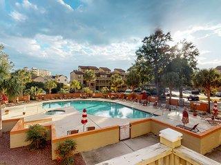 Snowbird-friendly condo with shared pools & hot tub, tennis, nearby beach!
