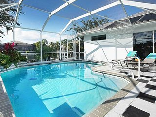SWFL Rentals - Villa Waterside - Private Pool Home on Gulf Access Canal