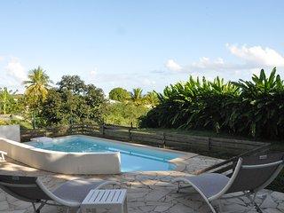 Magnifique villa pour 6 personnes avec piscine et vue mer
