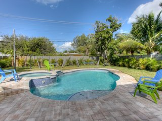 DANIA BEACH RESORT HOME..5 BEDROOMS 4 BATHS .POOL HOME.
