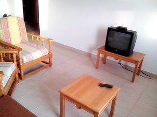 Spacious apartment in Albufeira with Washing machine, Pool, Balcony, Garden