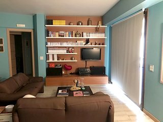 Spacious apartment in the center of Mazzaro with Lift, Parking, Washing machine,