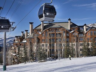 *New Listing!* Ski-in/Ski-Out Condo in Beaver Creek- Excellent Location