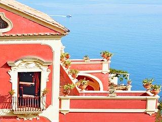 AMORE RENTALS - Palazzo Santa Croce with heated Pool, Sea View, Chef and Breakfa