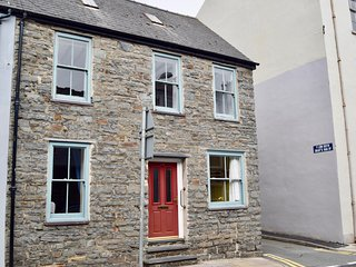Family Holiday Home, Town Centre Aberystwyth with parking