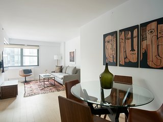 Deluxe 1BR in Midtown East by Sonder