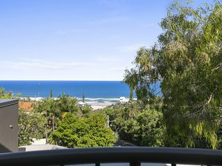 27 Seaview Terrace, Sunshine Beach