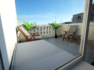 NEW Penthouse Duplex in Ideal Location