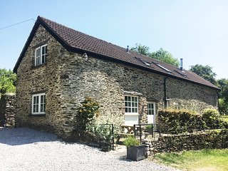Holiday Cottage near Dulverton - log burner, wifi, beautiful setting