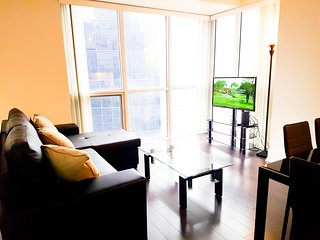 Stunning 1 BR Luxury Apt across CN Tower & Convention Ctr