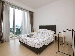 Spacious Suite next to Nexus & Capri Bangsar South