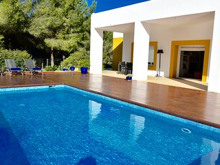 VILLA COCON IBIZA LUXURY 10 MINUTES FROM USHUAIA