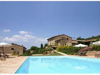 Casole Elsa,country house in Chianti,B,terrace,swimmingpool,child-friendly,Wi-Fi