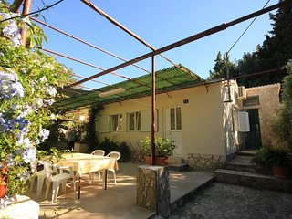 Vis Holiday Home Sleeps 6 with Air Con and WiFi - 5469001