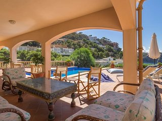 Villa Moragues