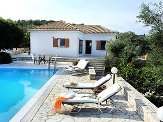 Villa Ilios a 3 Bedrooms With Private Pool with amaizing views of the Sea
