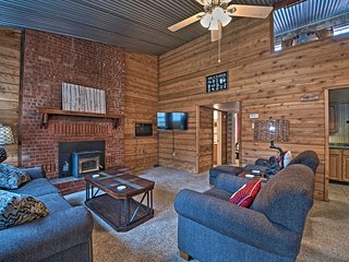 NEW! Ruidoso Home w/Patio- Walk to Grindstone Lake