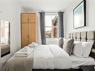 2 Bedroom flat near Regent's Park, 2mins to tube