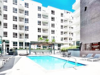 Executive 2 Bedroom Near Downtown LA - LA725