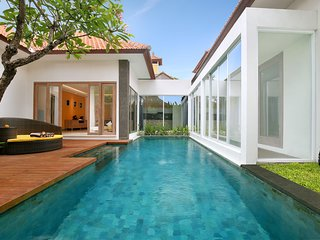 3 Bedroom Villa with Private Pool & Netflix