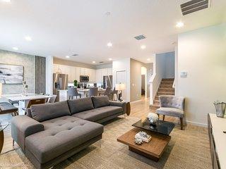 Budget Getaway - Sonoma Resort - Amazing Spacious 8 Beds 6 Baths Villa - 7