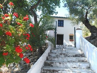 "Holiday cottage ""El Escondite"". Zahara de la Sierra (Cadiz) ANDALUSIA"