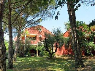 5 bedroom Villa in Case Mennilli, Abruzzo, Italy - 5444925