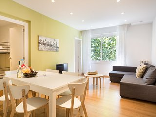 BARCELONA | BRIGHT AND SPACIOUS APT FOR 6 ~