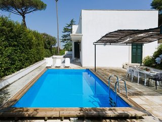2 bedroom Villa in Casarano, Apulia, Italy - 5605594