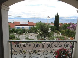 Cozy house in the center of Sutivan with Parking, Internet, Air conditioning, Te
