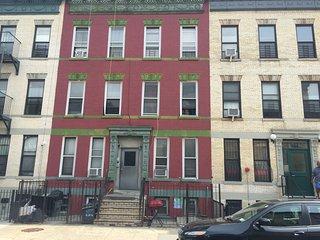 USA long term rental in New York, Brooklyn NY
