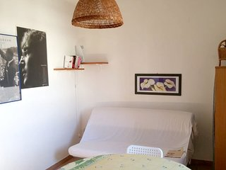 Cozy apartment in the center of Roca with Parking, Washing machine, Air conditio